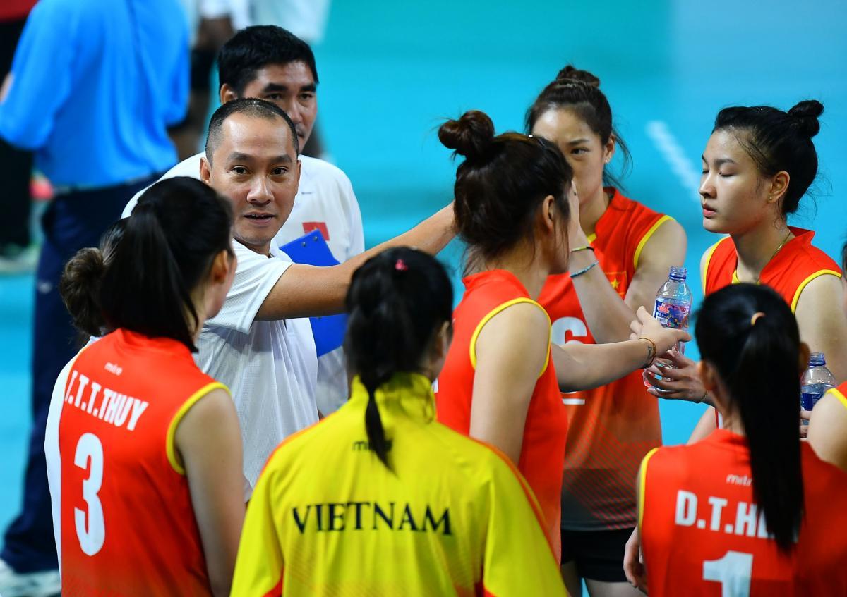 Huấn luyện viên Nguyễn Tuấn Kiệt